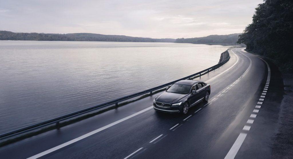 Новые модели Volvo оснащаются ограничителем скорости до 180 км/ч и технологией Care Key